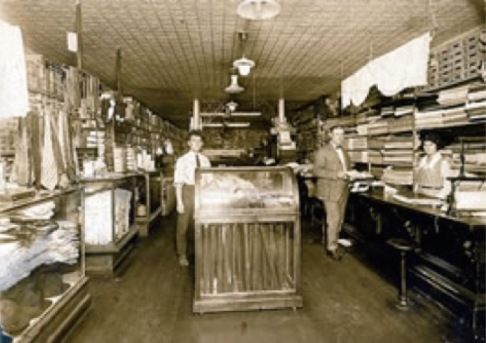 ja-shapiro-and-son-store-1922